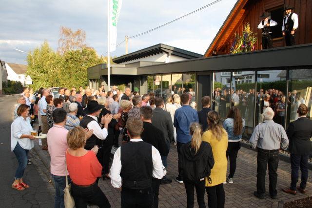 Die Lvm Versicherungsagentur Engel Feierte Richtfest In Obersayn
